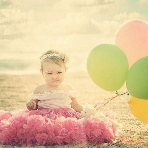 daminha tutu e balões