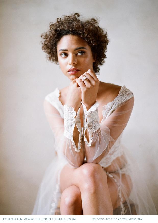 Elizabeth-Messina-for-Munaluchi-Bridal-Magazine_026-2