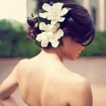 Penteado com Flores para Noivas