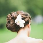 Penteado com Flores para Noivas - Orquídea e Coque
