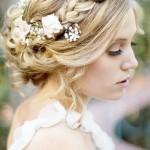 Penteado de Noiva com Flores Naturais e Trança