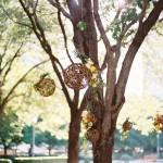 Bolas com Flores Penduradas