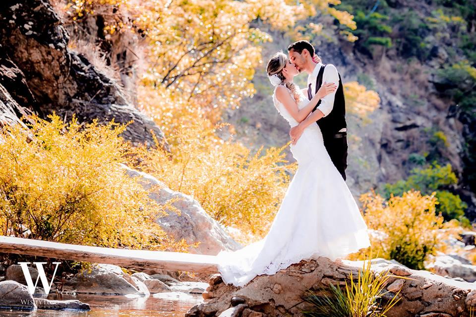 Lívia e Fabio - Casamento na Cachoeira 22