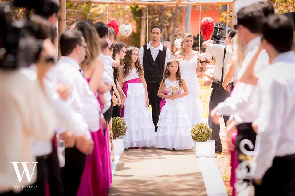Lívia e Fabio - Casamento na Cachoeira 27