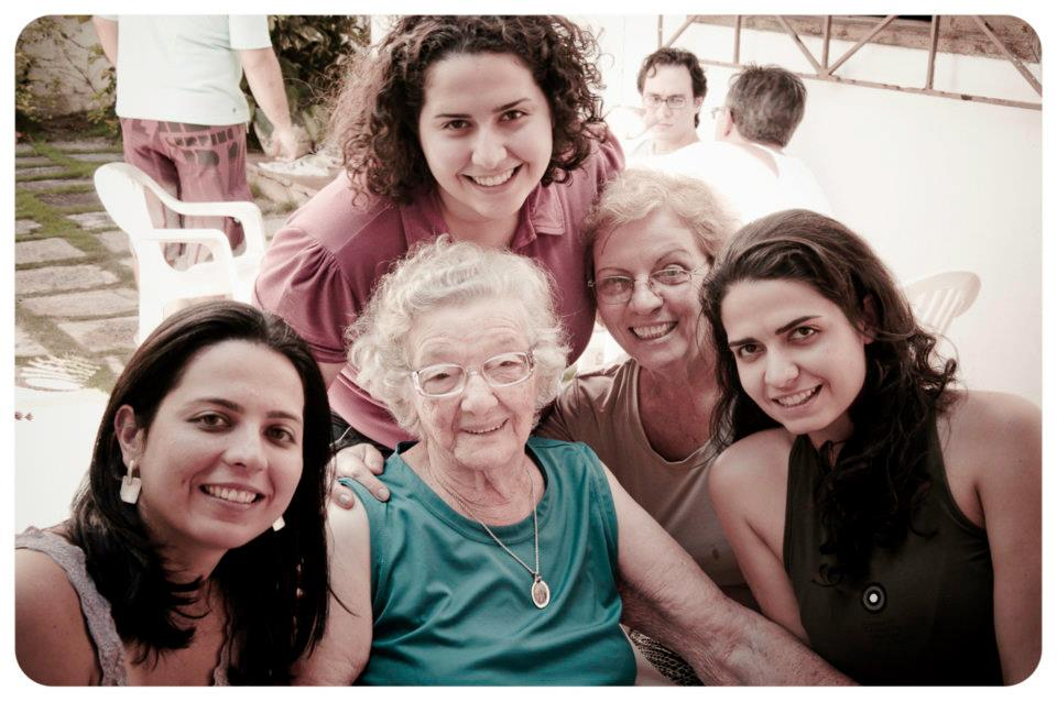 Sara, Vó Lourdes, Eu, Minha Mãe, Riza