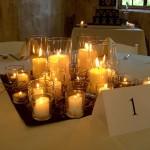 Conjunto de velas como centro de mesa