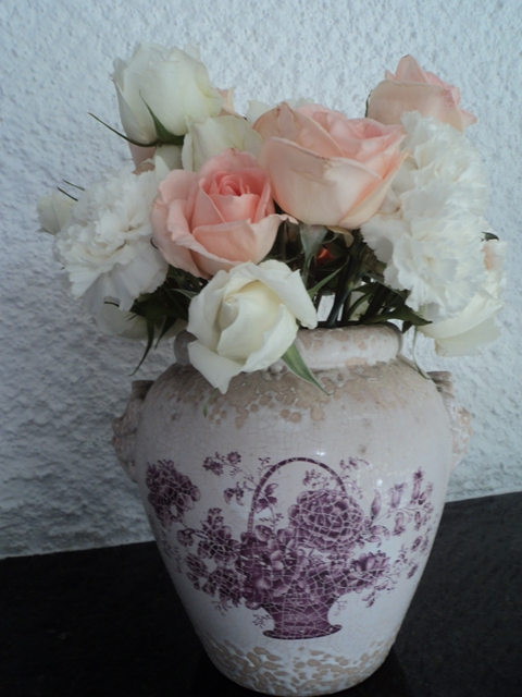 Arranjos de Flores em porcelana antiga