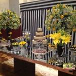 Mesa de Doces da Pistache - Decoração por Flores em Cores