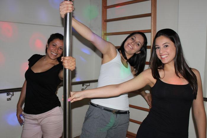 Cha-de-lingerie-da-guiga-pole-dance4