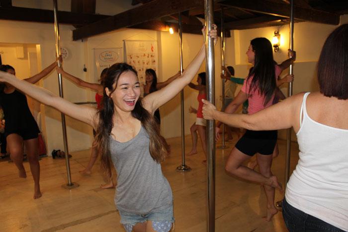 Cha-de-lingerie-da-guiga-pole-dance6