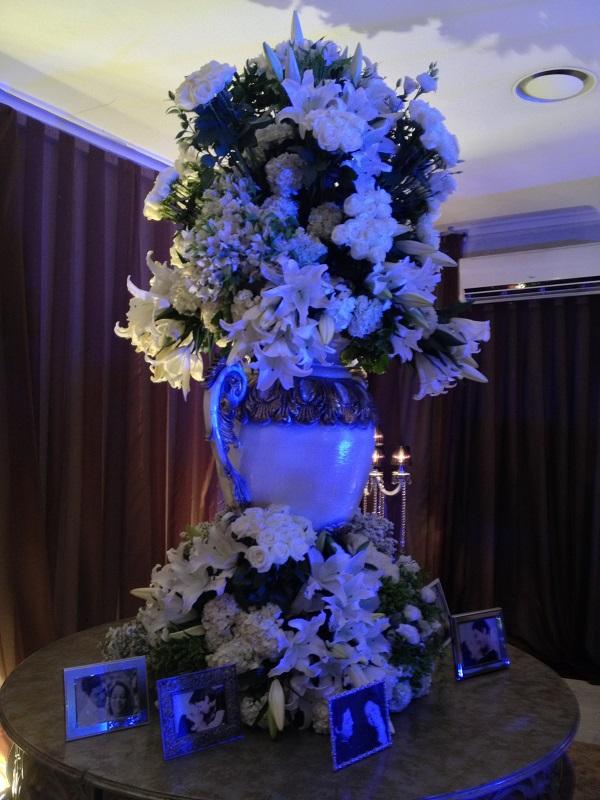 Arranjo Gigante de Flores Brancas