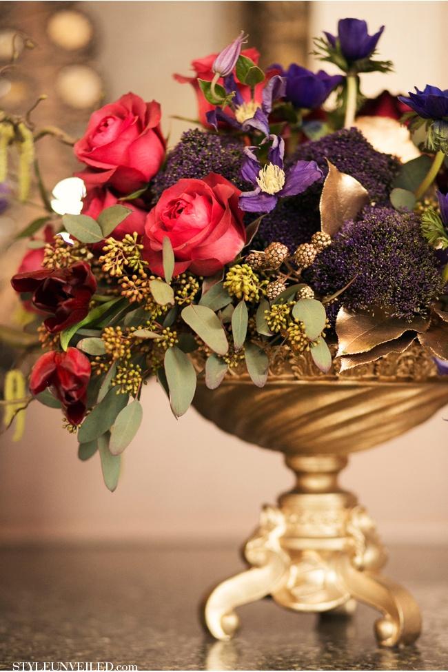 Arranjos de Flores - Vermelho roxo e dourado