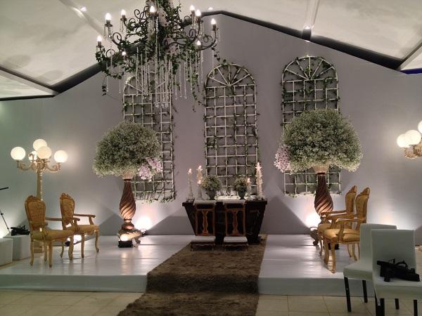 Decoração da Cerimônia com Aster e Orquídeas