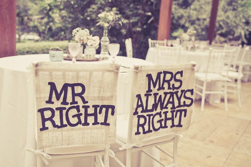 Decoração das Cadeiras dos noivos - Mr Right e Mrs Always Right