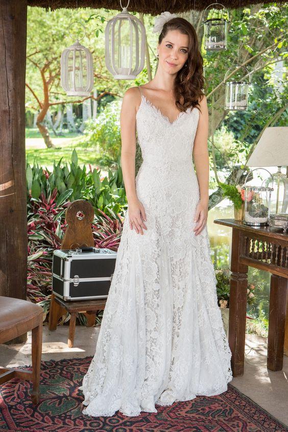 Júlia na novela Rock Story - vestido de noiva da estilista Julia Pak